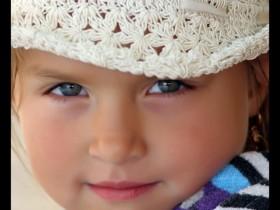 Child_by_denizfoto
