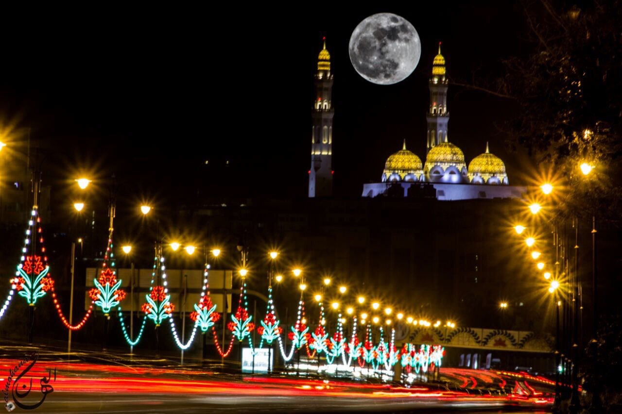 سلطنة عمان والقمر العملاق