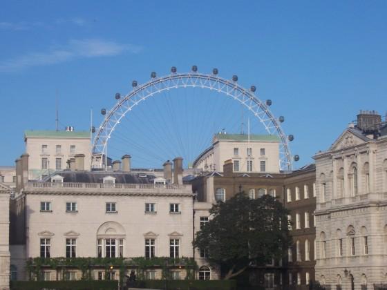 عيون لندن